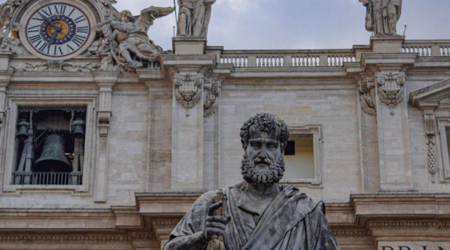Hoe Petrus nog altijd drommen toeristen naar Rome trekt