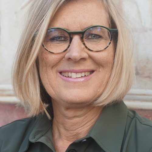 Prof. Caroline Kroon